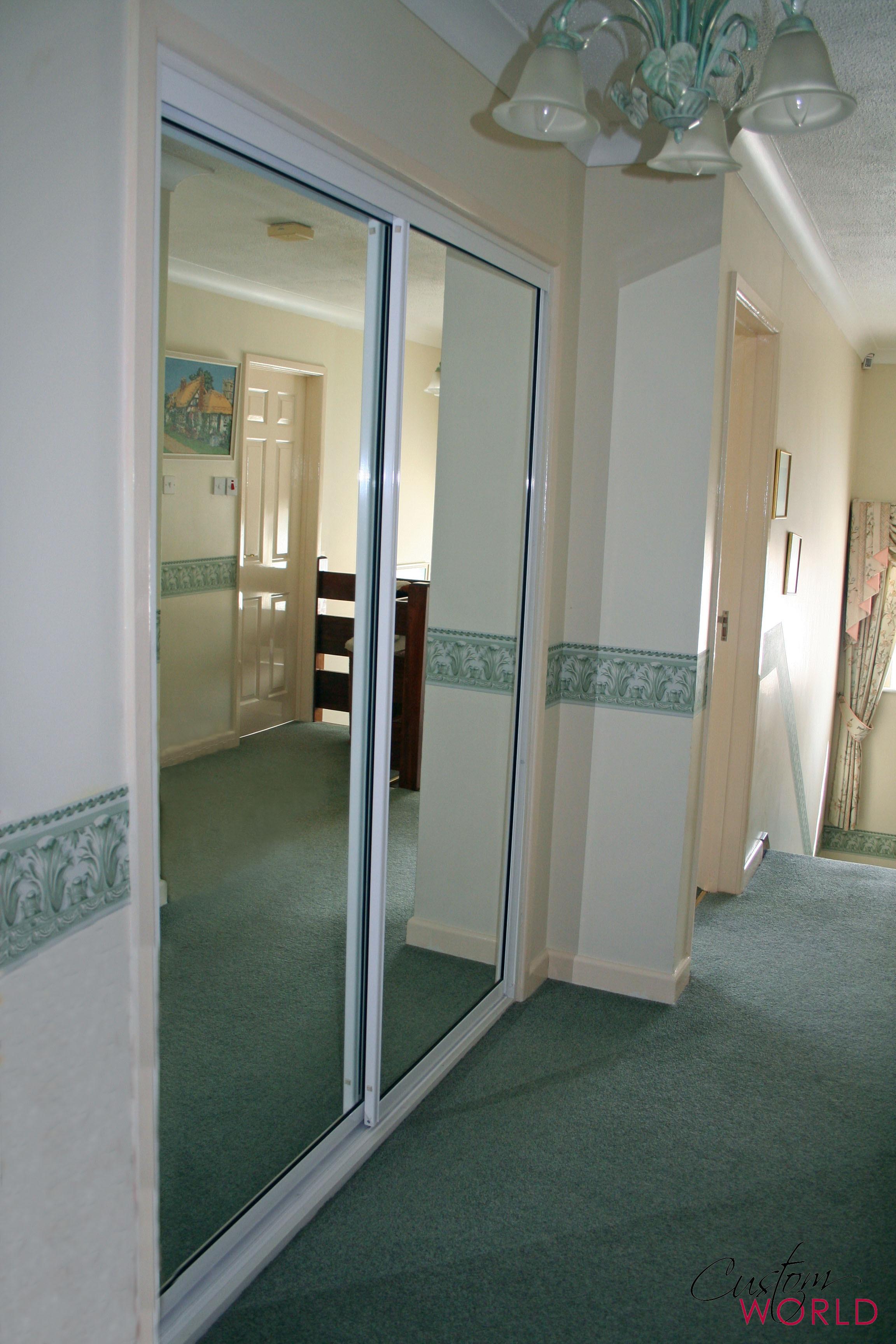 2 door mirror slider
