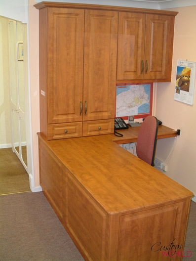 Fitted home office desk
