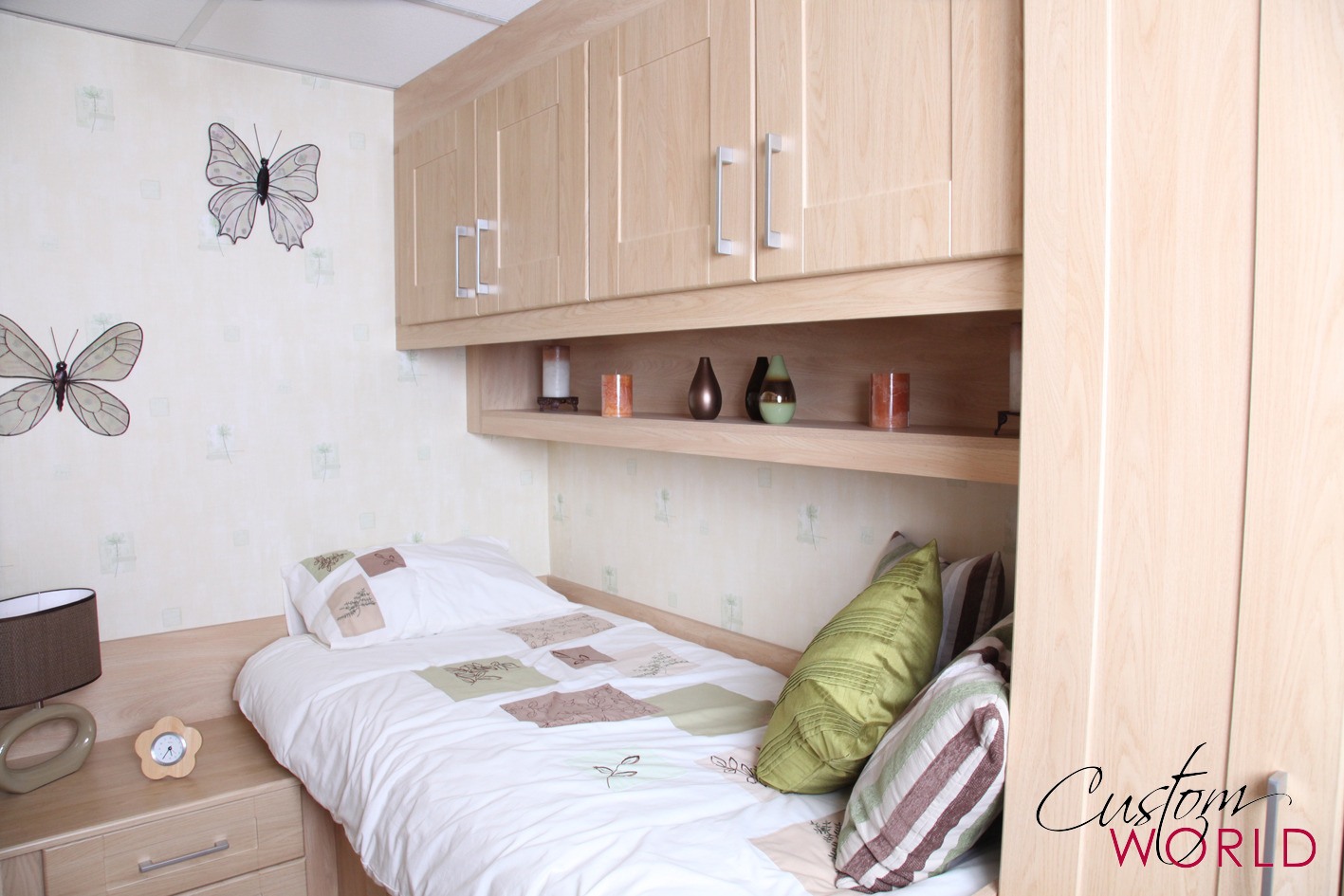 Custom made beds image gallery custom world bedrooms for Bedroom ideas with built in wardrobes