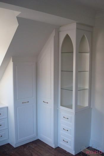 Corner angled wardrobe