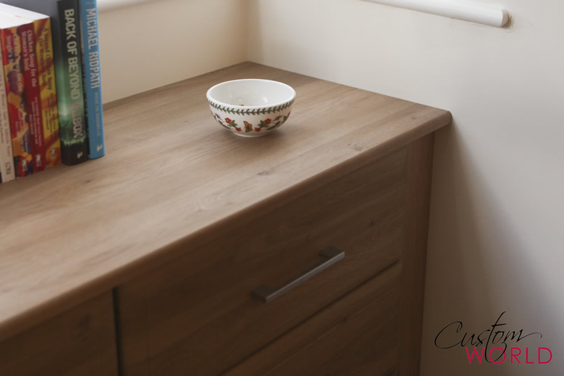 Fitted desk and drawer unit