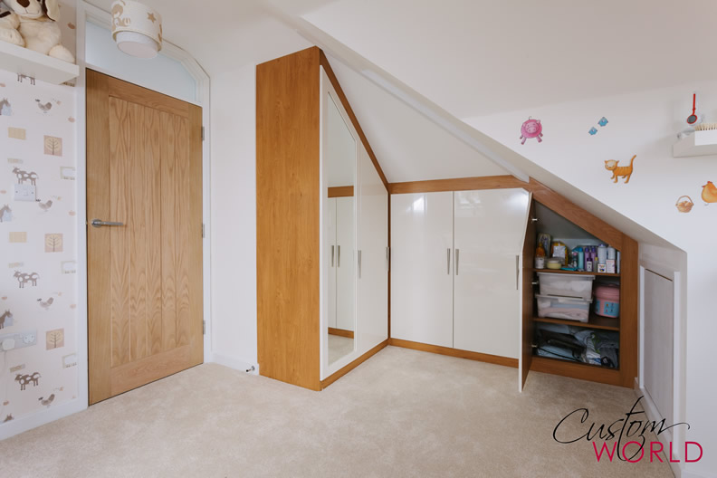 Angled rooms and sloping ceilings custom world bedrooms - Nice bedroom wardrobes ...