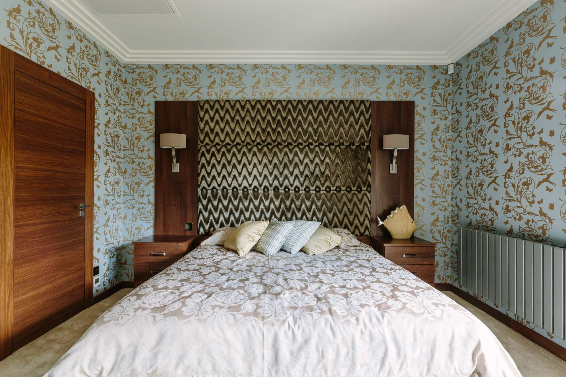 Made to measure furniture - Fitted bedhead with bedsides and material headboard