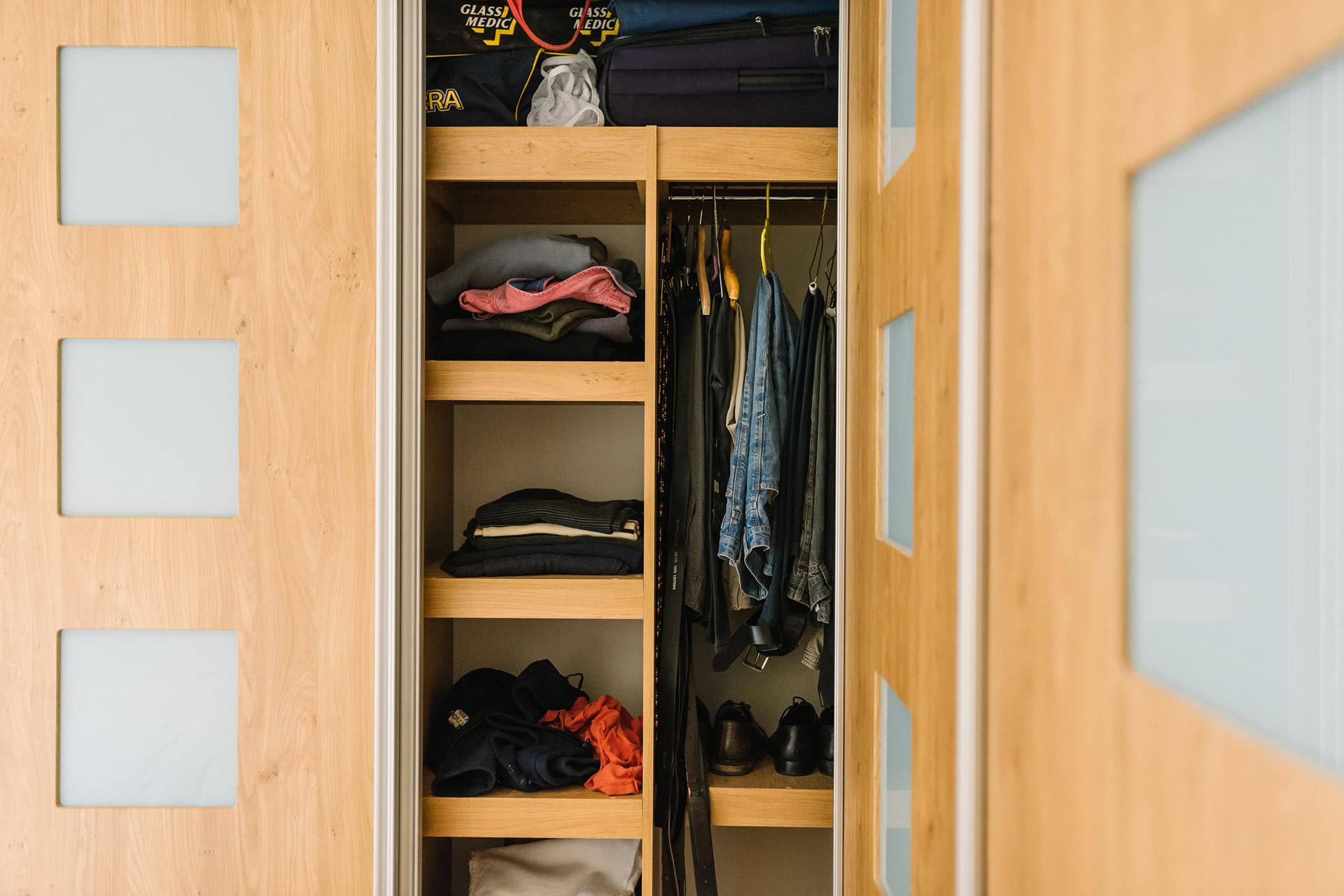 Sliding door wardrobes custom world bedrooms for Custom sliding doors