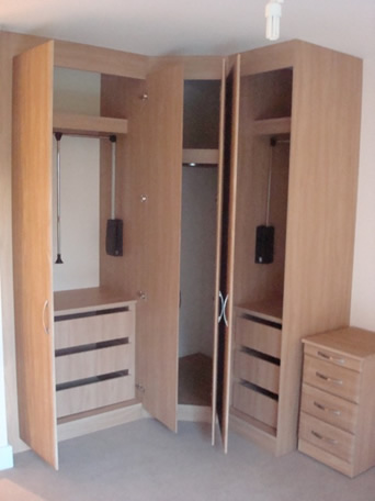 Floor To Ceiling Wardrobes Give You Up To 50 More Storage Space