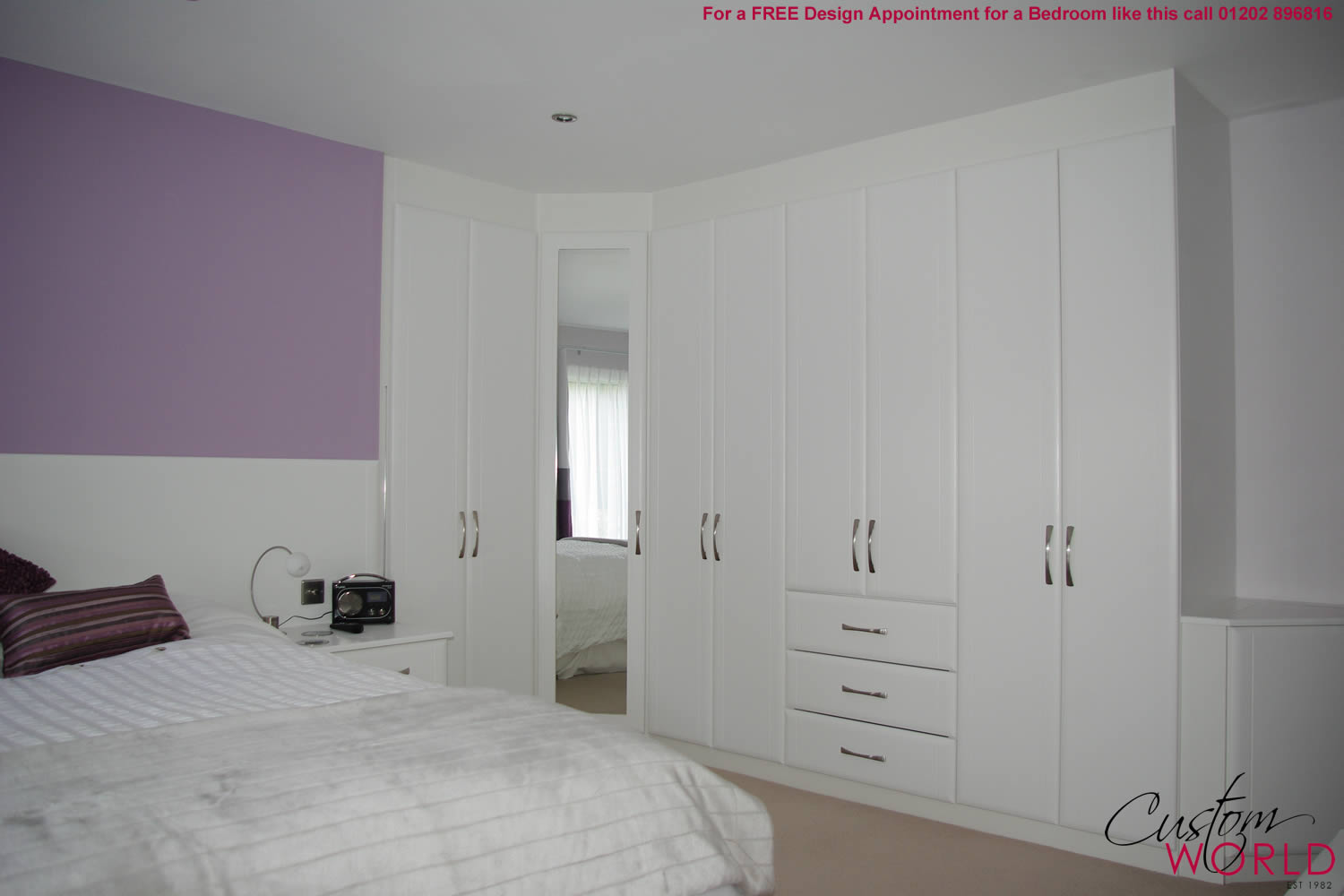 Classic fitted bedrooms for Designs for bedroom cupboards