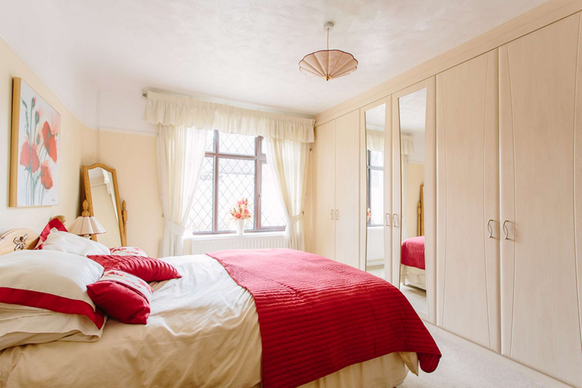 Custom world bedrooms for Fitted bedroom furniture 0 finance