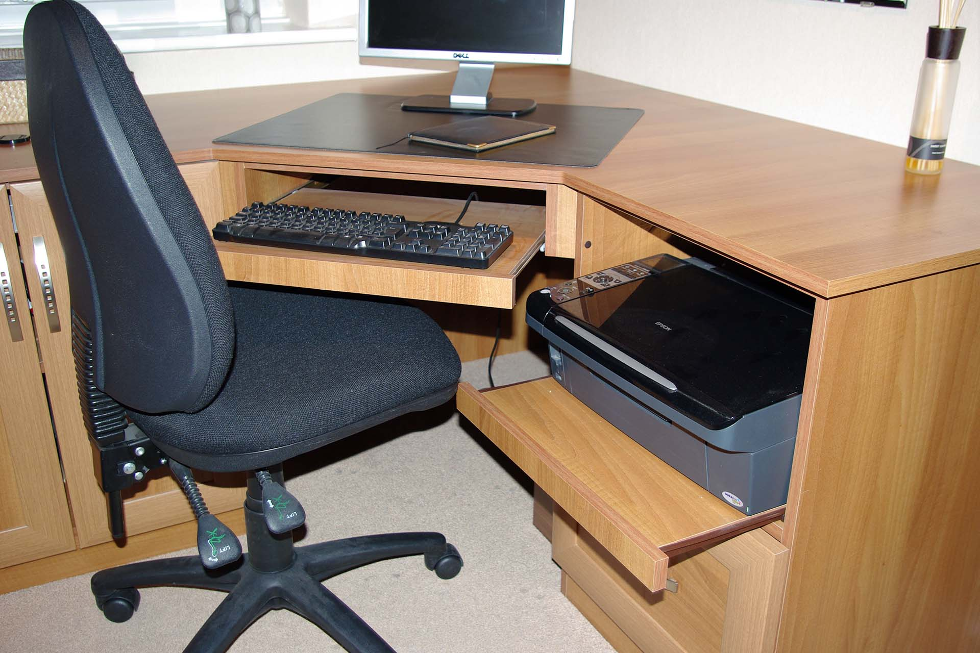 Home office corner desk made to measure office furniture - Home office corner desk furniture ...
