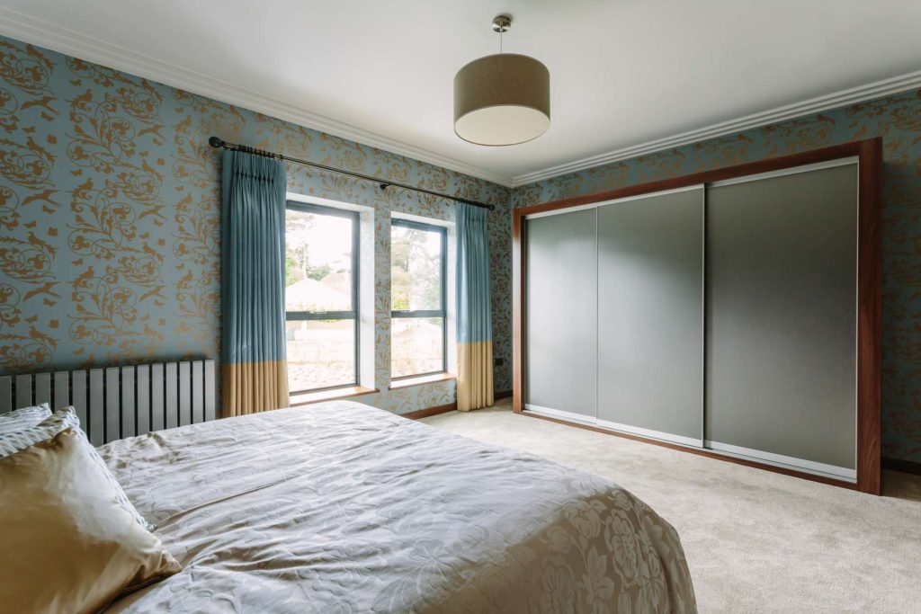 More storage space with floor to ceiling wardrobes