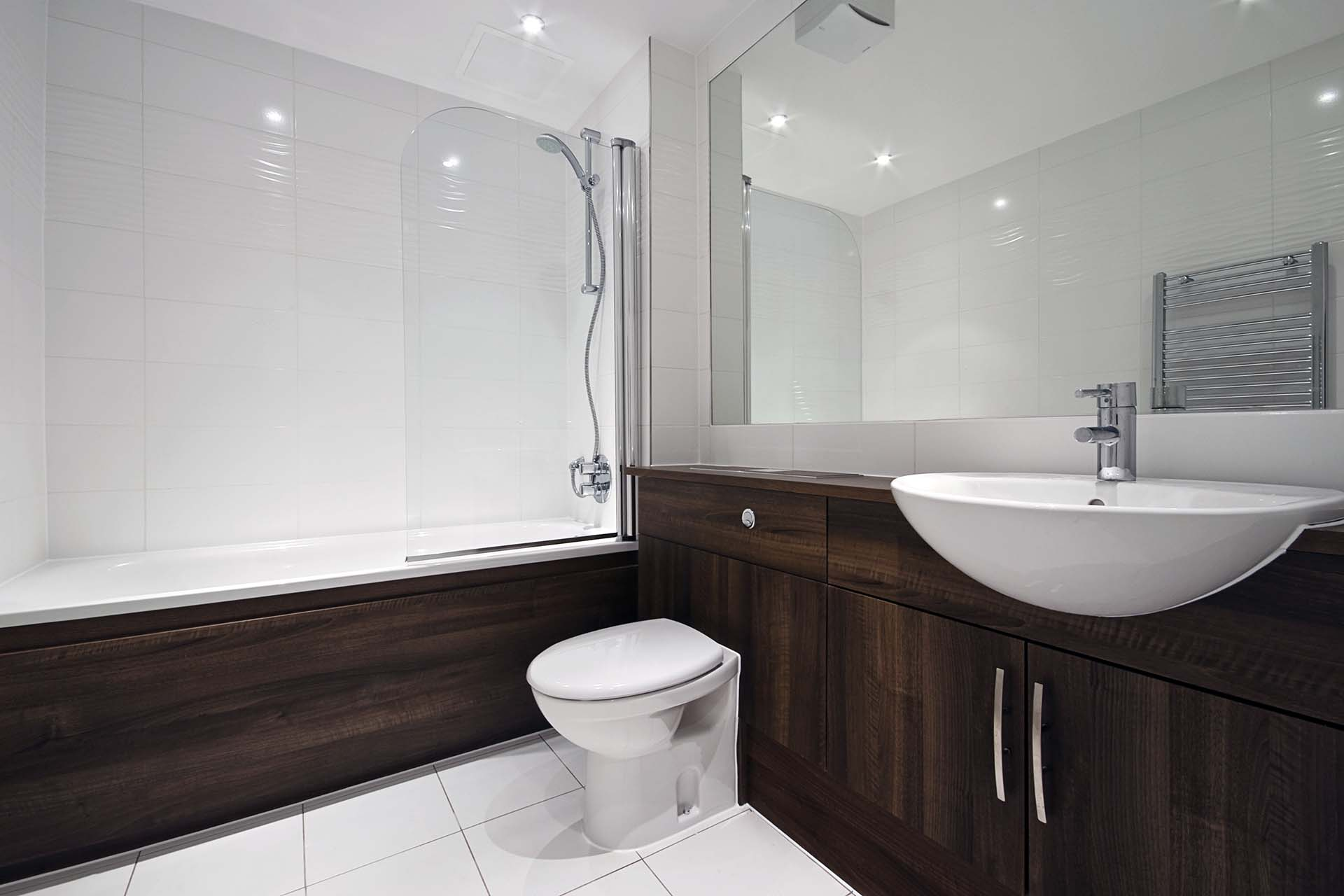 Custom World Bedrooms Bathroom Furniture - Fully fitted bathroom units to match the style of your bathroom