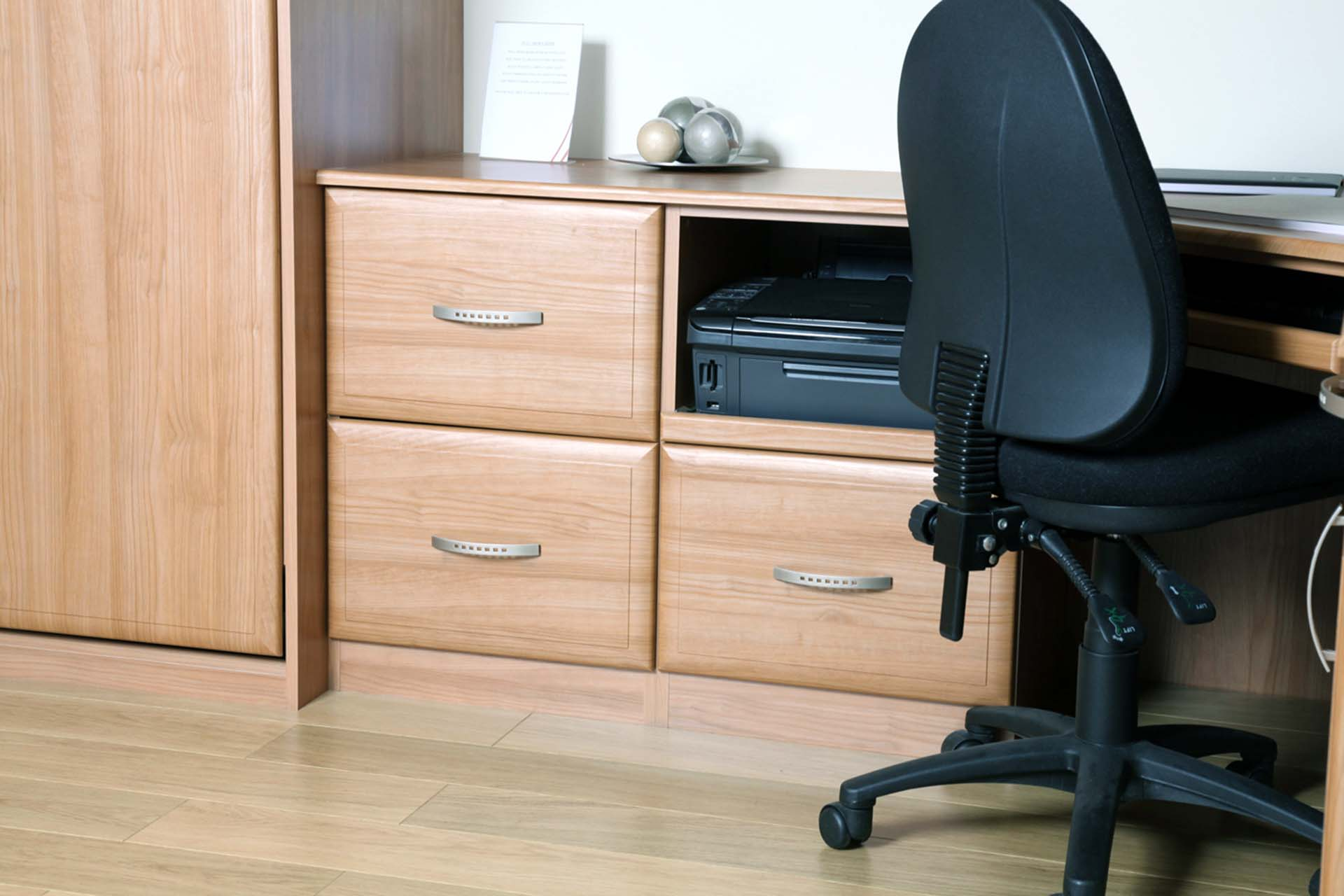 Home office file drawers with fully extendable runners