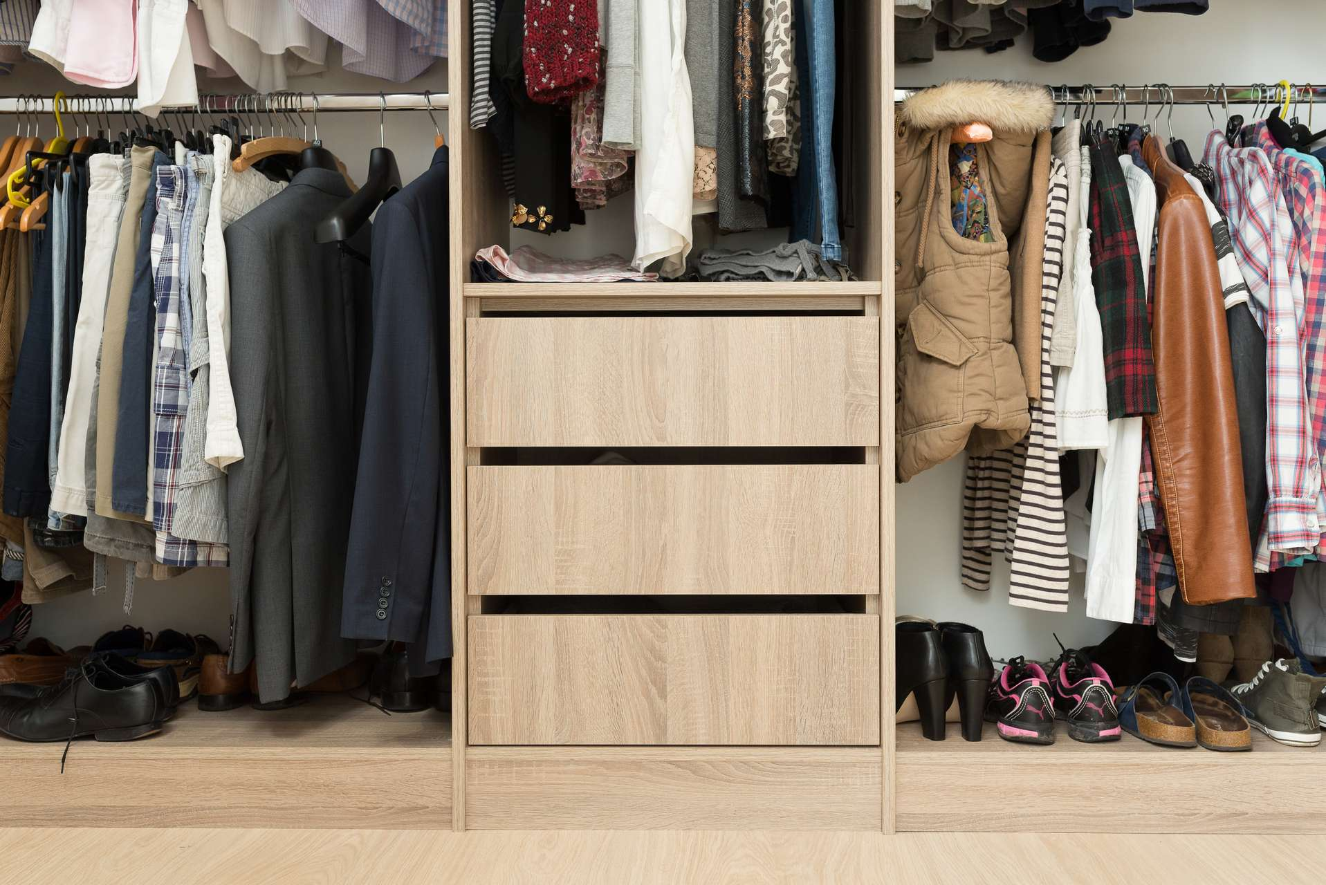 Fitted wardrobe interiors for all situations